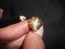 ELEGANT CLIP ON EARRINGS GOLD TONE WITH CENTRE SPARKLE STONES SMALL & SWEET